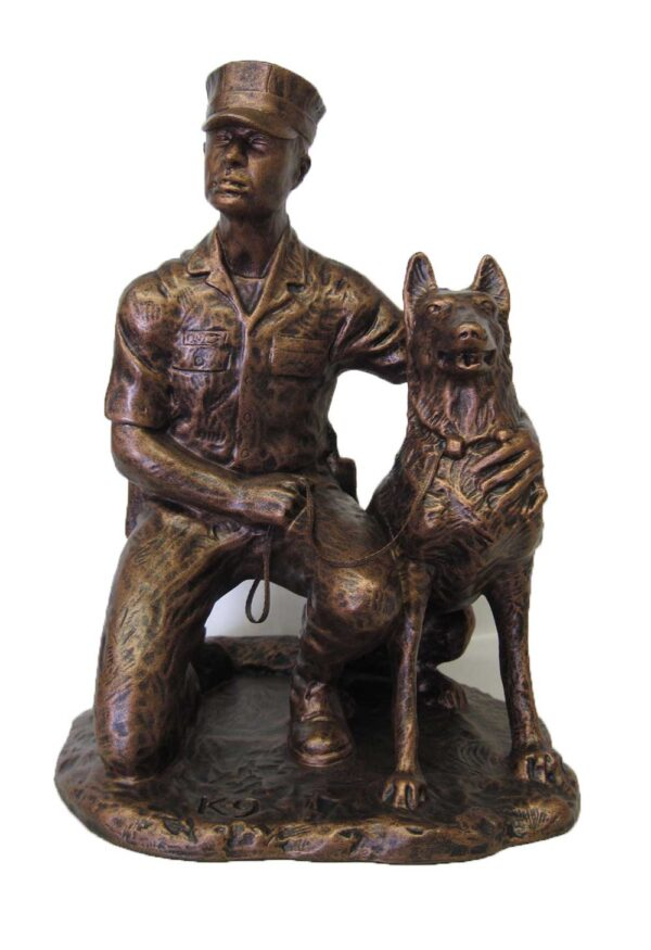 terrance-patterson-military-figures-sculptures-P269.5-MP-dog-01