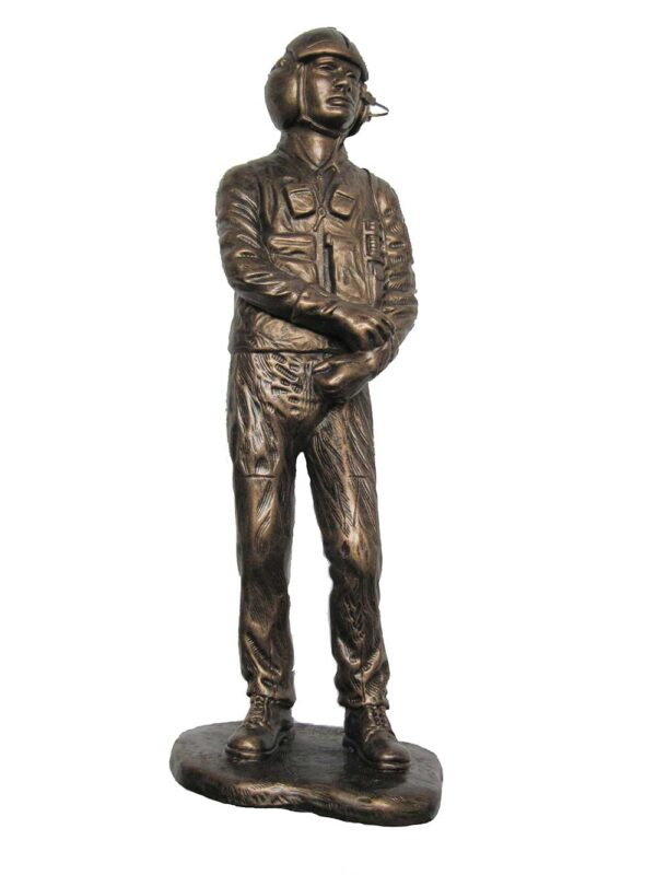 terrance-patterson-military-figures-sculptures-P276-helicopter-pilot-statue
