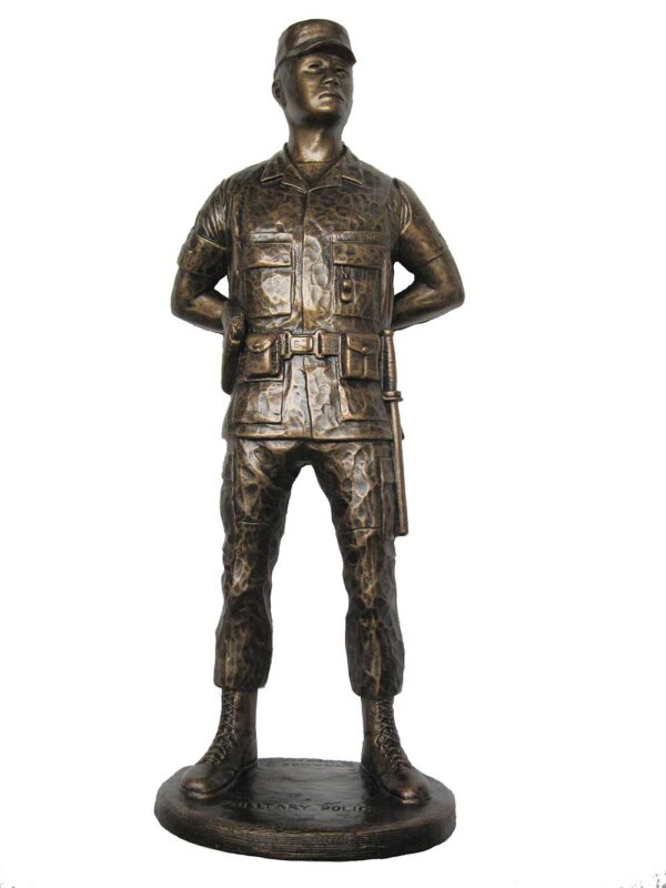 terrance-patterson-military-figures-sculptures-P317-military-police-mp-statue