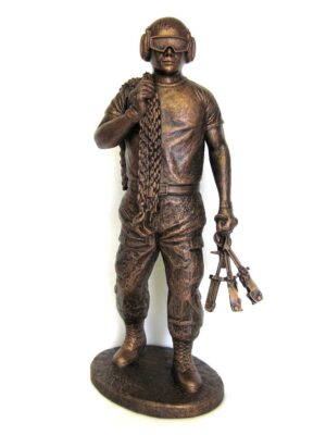 terrance-patterson-military-figures-sculptures-P343-port-dawg-statue