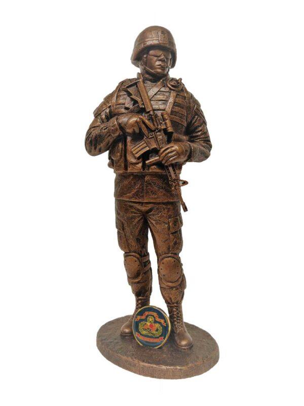 terrance-patterson-military-figures-sculptures-P355-male-battle-rattle-statue