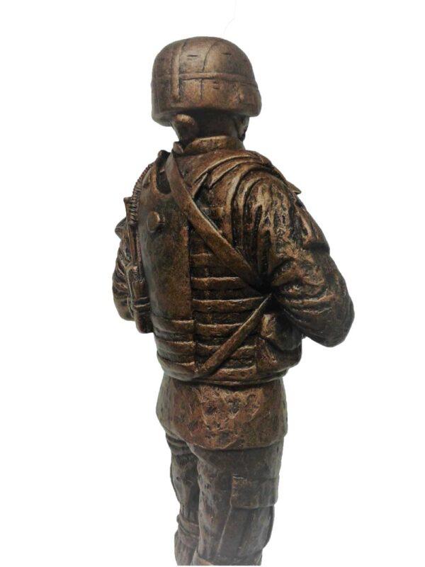 terrance-patterson-military-figures-sculptures-P355.5-female-battle-rattle-statue-02