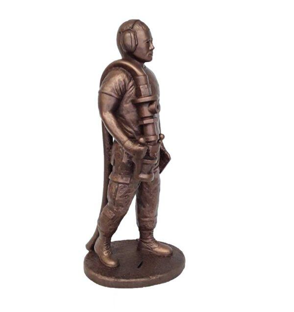 terrance-patterson-military-figures-sculptures-P358-fueler-02-statue