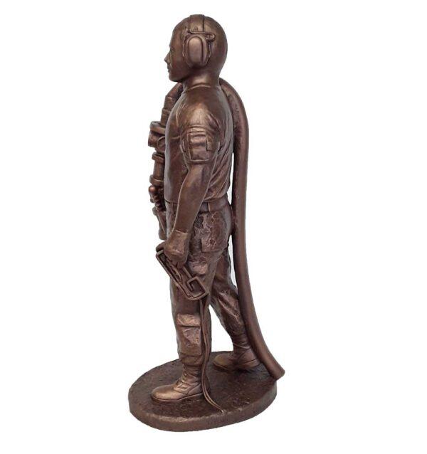 terrance-patterson-military-figures-sculptures-P358-fueler-03-statue